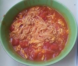 西红柿挂面汤的做法