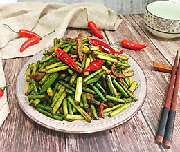 蒜苔炒肉 简单易做快手家常菜下饭菜的做法