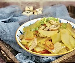 #牛气冲天#青红椒炒土豆片的做法