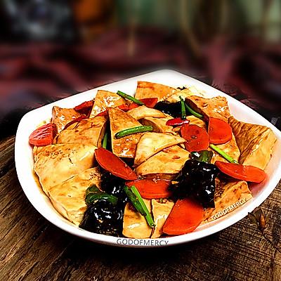 夏季完胜瘦腿瘦臀的妙招之经典素食牛肉酱烧豆腐