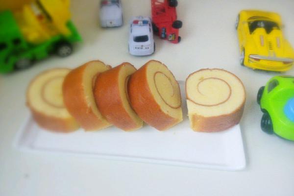 橙汁蛋糕卷的做法