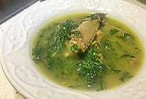 艾叶乳鸽汤的做法