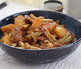 #烤究美味 灵魂就酱#土豆芸豆炖五花肉的做法