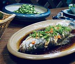 葱油海鲈鱼的做法