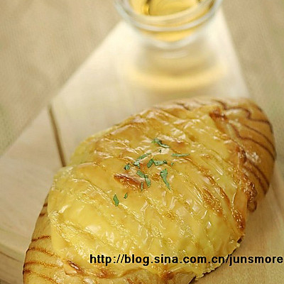 肉松芝士面包