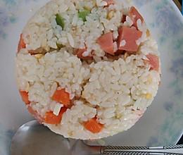 【炒饭系列】咸鸭蛋什锦炒饭的做法