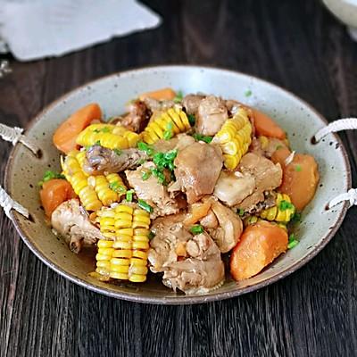 铁锅时蔬炖鸡块