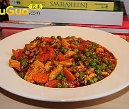 豌豆炒鸡肉的做法