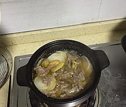 萝卜煮牛腱的做法