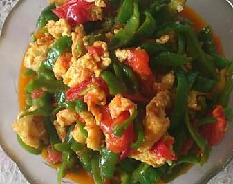 西红柿辣子炒鸡蛋