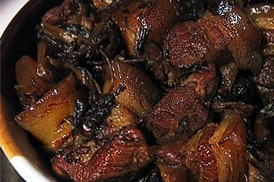 梅干菜焖肉