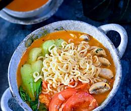 #洗手作羹汤#番茄口蘑方便面的做法