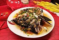 """#美食说出""""新年好""""#在家就能做,比店里的好吃~剁椒鱼头的做法"""