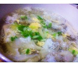 蘑菇鸡蛋汤的做法