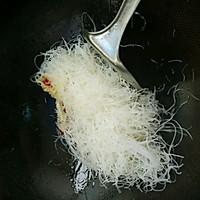米饭杀手~酸豆角炒粉丝的做法图解5