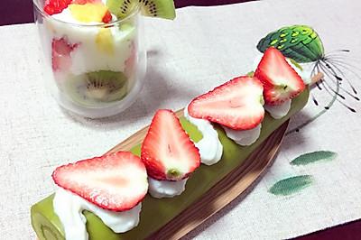 大麦清汁山药草莓蛋糕