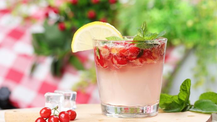 夏日特饮樱桃莫吉托柠檬水