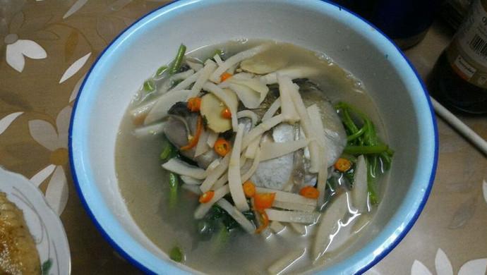 酸笋通菜鱼头汤