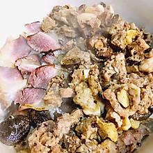 湘西腊肉&豉汁排骨香菇煲仔饭