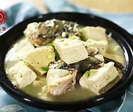 迷迭香:鱼头豆腐煲的做法