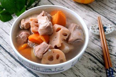 莲藕胡萝卜排骨汤
