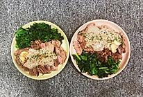 煎眼肉牛排佐蘑菇酱汁的做法