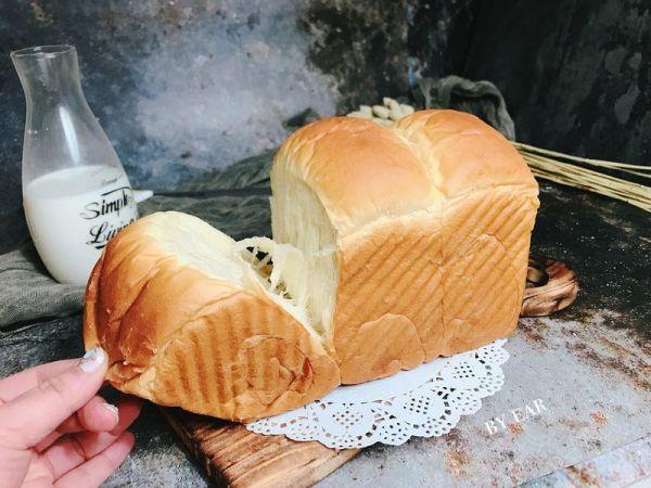 超软超拉丝的波兰种淡奶油手撕吐司 墙裂推荐 营养早餐