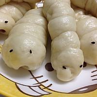 #春天里的毛毛虫#广式腊肠卷的做法图解7