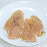 一食半刻   香蒜蜂蜜煎鸡扒的做法图解2