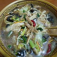 酸辣菌菇肚丝汤