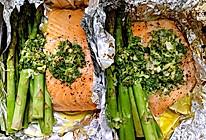 芦笋烤三文鱼的做法