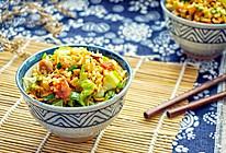 鸡肉菌菇腊味炒饭#金龙鱼外婆乡小榨菜籽油#的做法