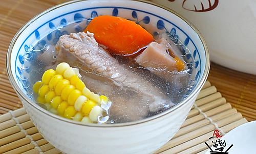 莲藕排骨汤  的做法