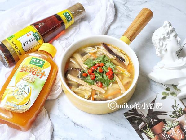 关晓彤低脂鲜辣汤 太太乐鲜鸡汁蒸鸡原汤