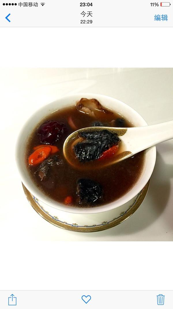女人汤—乌鸡红枣枸杞四物汤的做法