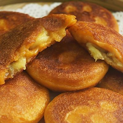 一根香蕉,一碗糯米粉,一块地瓜,就能做出美味的红薯香蕉糯米饼