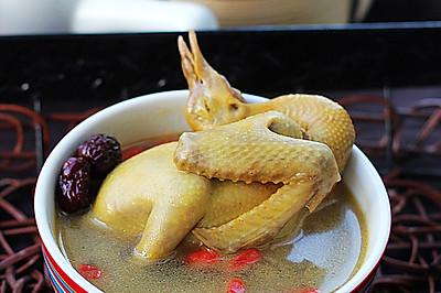 枣杞乳鸽汤