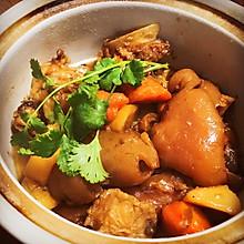 红焖羊肉煲
