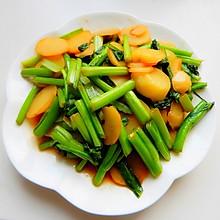土豆烧菜根