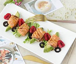 烤三文鱼牛油果卷的做法