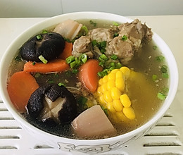 超级仙的~玉米排骨汤的做法
