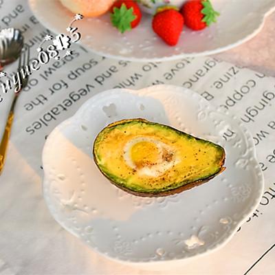 空炸牛油果鹌鹑蛋