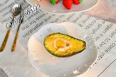 空炸牛油果鹌鹑蛋#月子餐吃出第二春#