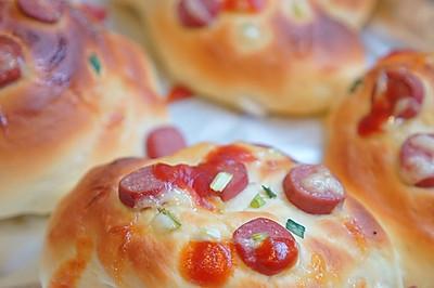 腸仔香蔥麵包