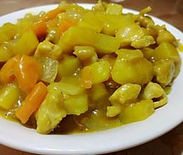 咖喱土豆鸡丁(百梦多咖喱块)的做法