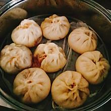 #餐桌上的春日限定#解馋面食——蒲公英香肉包