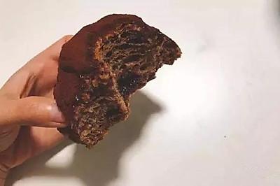 脏脏包:原始的粗粝感融合柔软的巧克力,集香醇幼滑于一身