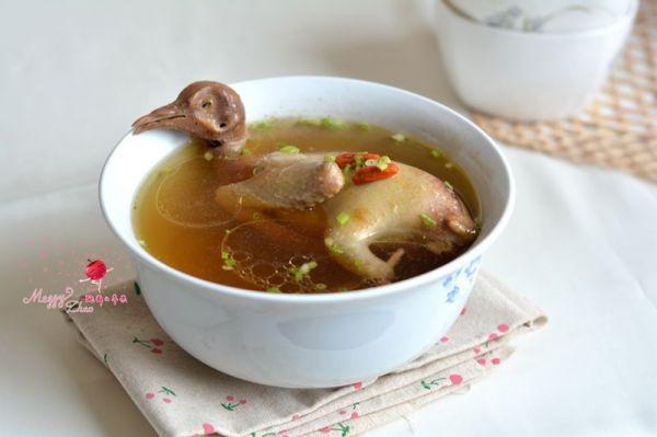 清蒸鸽子汤的做法