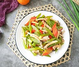 #春季食材大比拼#裙带菜炒肉丝的做法
