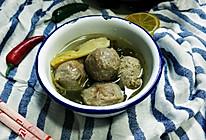 酸菜牛丸汤的做法